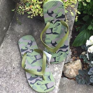Other - Men's Thong Sandals